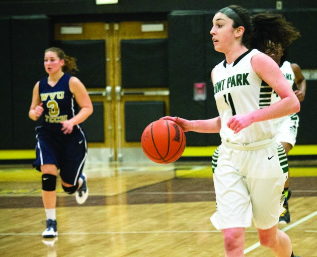 Women's basketball loses, drops to third in division