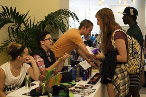 Freshmen, new students flock to involvement fair