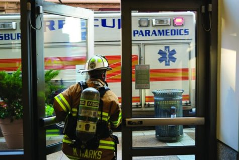 Strong odor prompts photo lab to call firemen