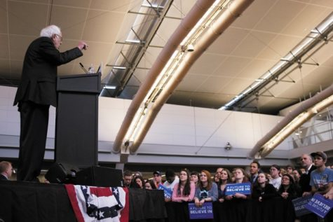 Presidential hopeful Bernie Sanders shares platform at rally with Pittsburghers, students