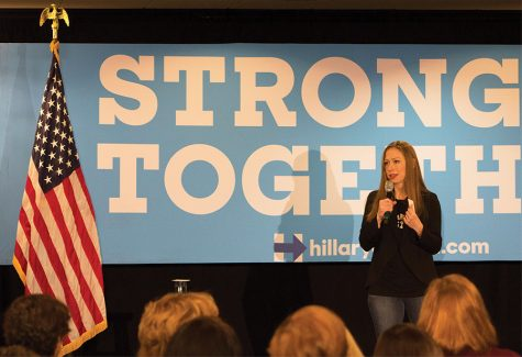 Chelsea Clinton makes campaign stop in Pittsburgh