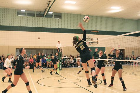Volleyball improves conference record to 6-0 during road trip