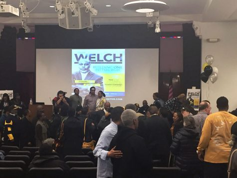 Pastor challenges incumbent mayor for democratic nomination