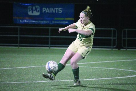 Penalty kicks after 110 scoreless minutes end women's soccer's quest for three-peat