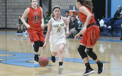 Women's basketball falls short late in first pair of RSC games