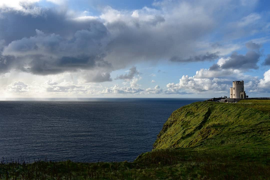 Senior Aislin Shannon visited the Cliffs of Moher while student teaching abroad in Ireland.