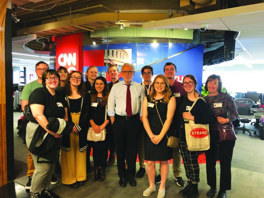 """Wolf Blitzer of CNN's """"The Situation Room"""" poses with School of Communications students on the annual Washington D.C. Fall trip."""
