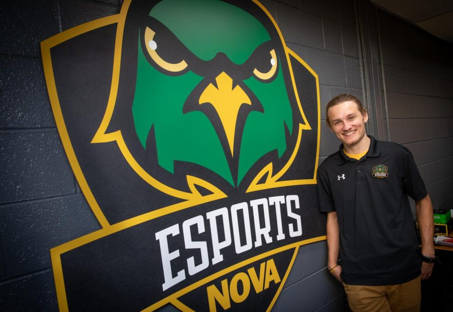 Chris+Gaul+hired+as+new+varsity+esports+coach%2C+compliance+coordinator+for+fall+2020+semester