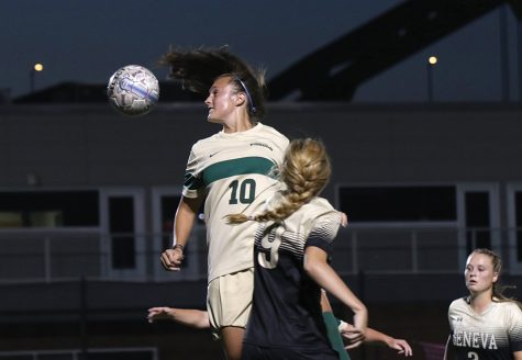 Women's soccer shuts out two conference foes