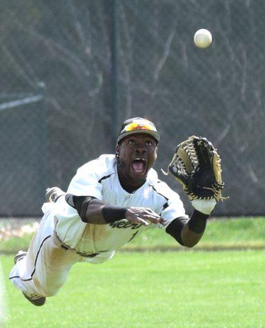 Baseball alumnus continues career in pursuit of majors