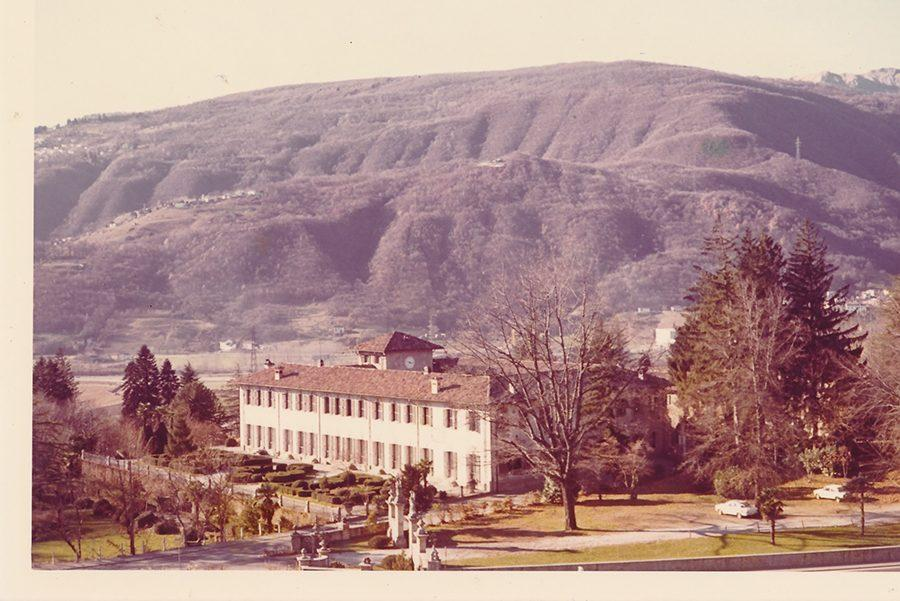 Point Park students sit with the Alps behind their backs on Point Park's Switzerland campus that it leased during the '72-'73 school year. Students could spend the semester abroad for the same cost to study in Pittsburgh.