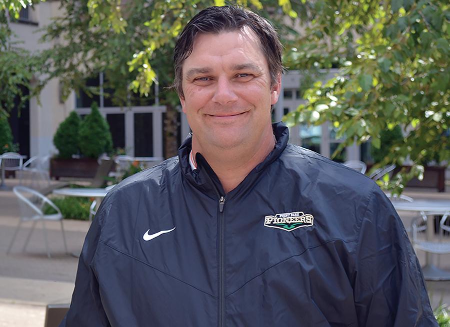 Graham Hoffman named golf head coach