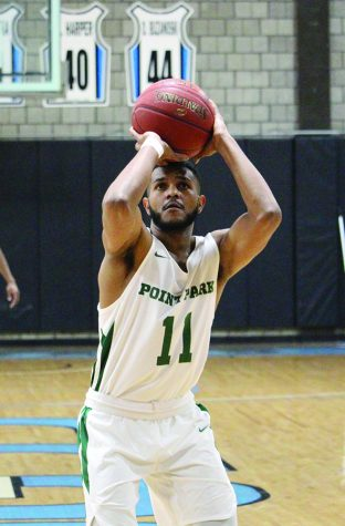 Men's basketball nets win in home opener