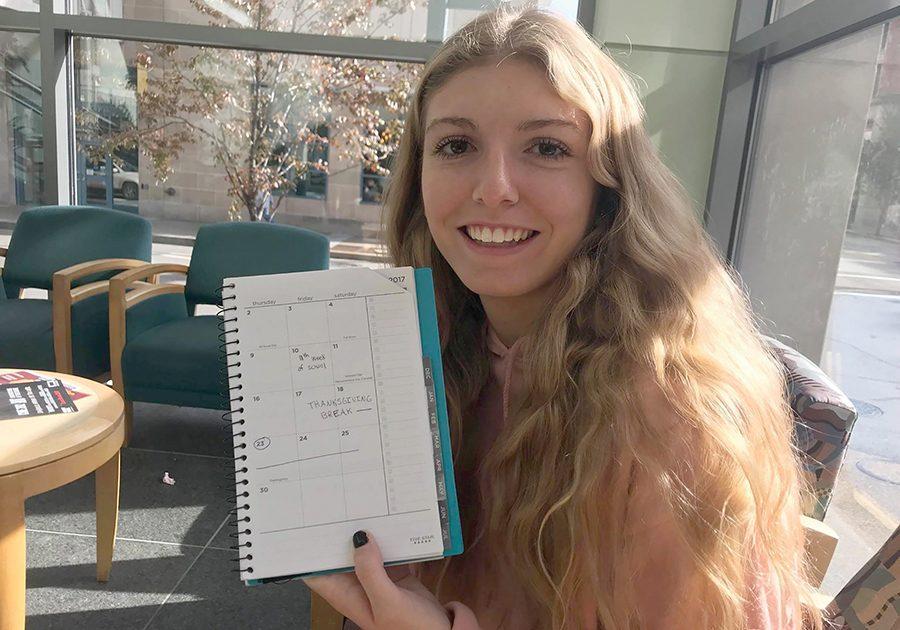 Sarah+Balkey%2C+sophomore+SAEM+major%2C+marks+her+calendar+for+Thanksgiving+Break.