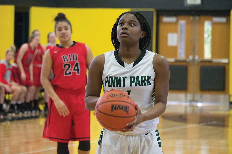 Senior+guard+Shaniya+Rivers+prepares+for+a+foul+shot+attempt+against+the+Rio+Grande+RedStorm+last+season.+Rivers+played+in+28+games+for+the+Pioneers+during+the+2016-2017+season+and+scored+81+points.