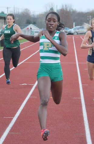 Outdoor track and field begins race for first RSC title
