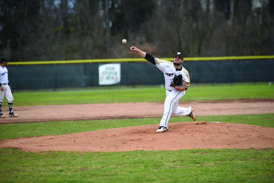 Luis Castillo pitches in game one against Brescia last weekend. Castillo was awarded the win after pitching 7.1 innings.