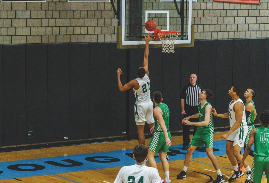 Pioneers split games with Midway Sports